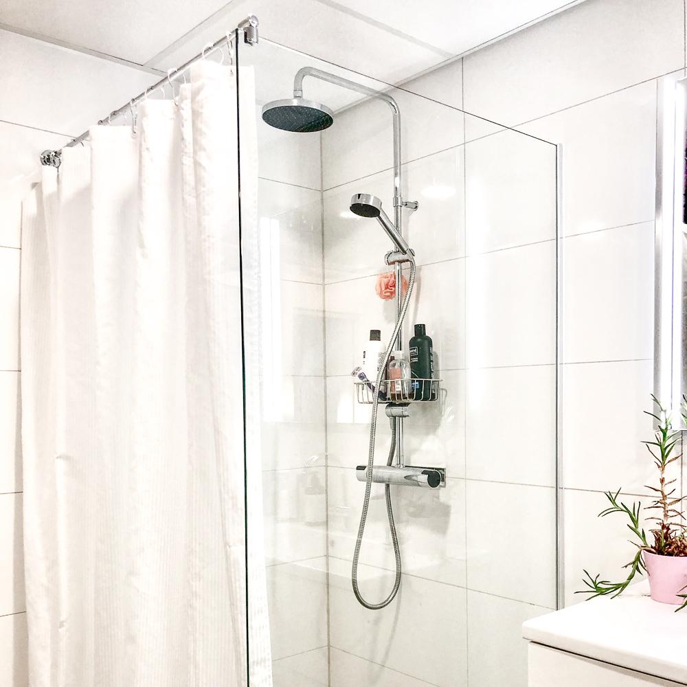 duschdörr i glas